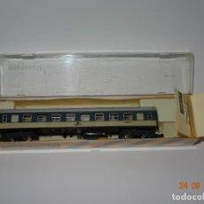 Trenes Escala: ANTIGUO COCHE VIAJEROS 2ª CLASE AZUL GRIS DE LA DB REF. 220 EN ESCALA *N* DE IBERTREN. Lote 134244886