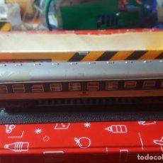 Trenes Escala: IBERTREN VAGON VIAJEROS 8000 AZUL Y GRIS. Lote 135949458