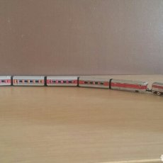 Trenes Escala: LICOMOTORA Y 6 VAGONES TALGO IBERTREN N. Lote 136567298