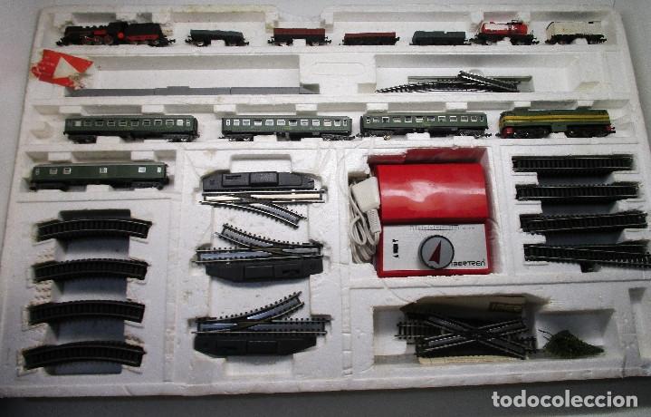 Circuito IBERTREN 3N ref. 151, con 2 locomotoras y 10 vagones segunda mano
