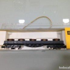 Trenes Escala: TREN, IBERTREN 398, VAGON BORDE BAJO, BOGIES,RENFE, MMC, GRIS CON BOBINAS. Lote 142252878