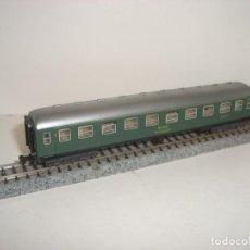 Trenes Escala: IBERTREN N PASAJEROS 1ª CL SERIE 8000 VERDE (CON COMPRA DE CINCO LOTES O MAS ENVÍO GRATIS). Lote 149996842