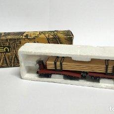 Trenes Escala: ANTIGUO VAGÓN PLATAFORMA DOBLE CON CARGA DE MADERA EN ESCALA N REF. 3521 DE IBERTREN EN CAJA. Lote 150483006