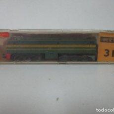 Trenes Escala: LOCOMOTORA IBERTREN DIESEL - RENFE - ALCO 2100 - ESCALA 3N - CON CAJA. Lote 151703966