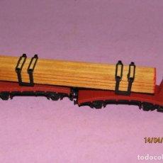 Trenes Escala: ANTIGUA PLATAFORMA DOBLE CON CARGA DE MADERA EN ESCALA *N* DE IBERTREN. Lote 160534574