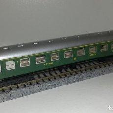 Trenes Escala: IBERTREN N PASAJEROS 1ª CL SERIE 8000 VERDE (CON COMPRA DE 5 LOTES O MAS ENVÍO GRATIS). Lote 161567182