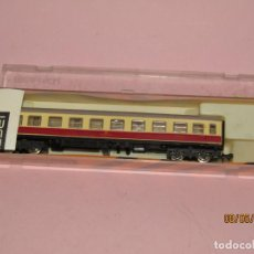 Trenes Escala: ANTIGUO COCHE DE VIAJEROS 2ª CLASE REF. 211 EN ESCALA *N* DE IBERTREN. Lote 163329750