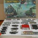 Trenes Escala: IBERTREN CIRCUITO COMPLETO 151 3N POSIBLEMENTE SIN USO - 2 CONVOYS . Lote 168741936