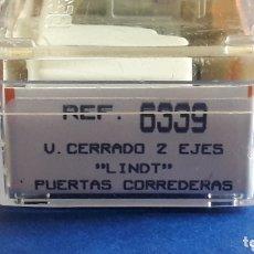 Trenes Escala: VAGÓN CERRADO PUERTAS CORREDERAS *LINDT* REF. 6339, IBERTREN ESC. N, ORIGINAL 1992. CAJA Y CATALOGO.. Lote 173033282