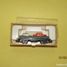 Trenes Escala: ANTIGUO VAGÓN BORDE BAJO CON COCHES 2 EJES EN ESCALA *N* REF. 304 DE IBERTREN. Lote 175495683