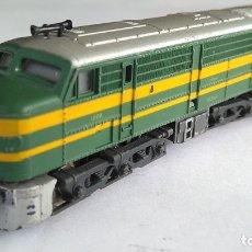 Trenes Escala: IBERTREN 3N LOCOMOTORA DIESEL ALCO 1800 RENFE, FUNCIONA. Lote 176729813