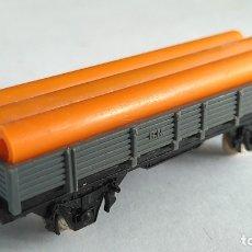 Trenes Escala: IBERTREN N VAGÓN CARGA CON TUBOS. Lote 176731295