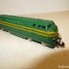 Trenes Escala: IBERTREN LOCOMOTORA MUY BUEN ESTADO Y COMPLETA,FUNCIONANDO,BARATA. Lote 179112536