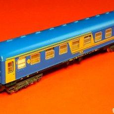 Trains Échelle: COCHE VIAJEROS 2ª CLASE 8000 RENFE *NUEVA IMAGEN* REF. 230, IBERTREN ESC. N, ORIGINAL AÑOS 80.. Lote 188765313