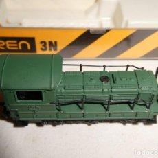Trenes Escala: LOCOMOTORA IBERTREN 3N REF. 011 Y TRES VIAS RECTAS 3N NUEVAS. Lote 192687271