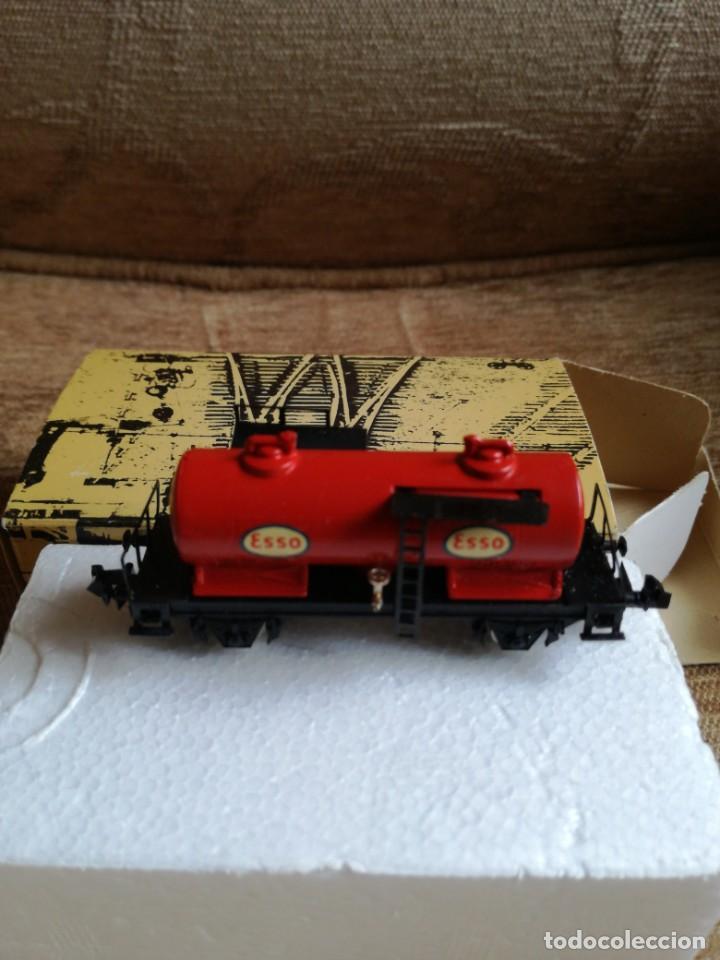 Trenes Escala: Vagon cisterna «Esso» ref 3403 - Foto 2 - 193884882