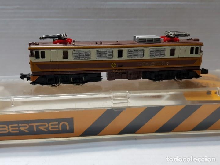 IBERTREN LOCOMOTORA MITSUBISHI ELECTRICA ESCALA N RENFE 269-325-5 EN CAJA ORIGINAL (Juguetes - Trenes a escala N - Ibertren N)