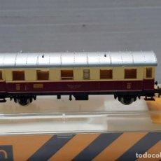 Trenes Escala: IBERTREN VAGON CENTRAL ESCALA N EN BLISTER . Lote 195131760