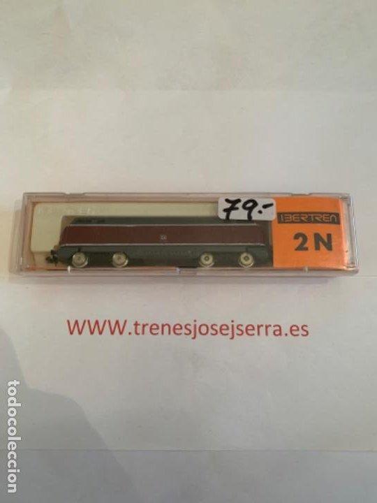 IBERTREN LOCOMOTORA 2N B.B ROJA-GRIS (Juguetes - Trenes a escala N - Ibertren N)
