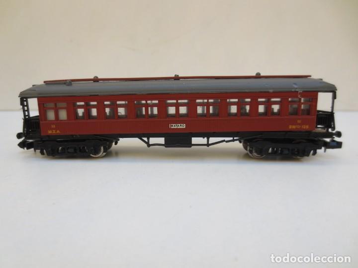 Trenes Escala: LOCOMOTORA VAPOR DB 66002 + VAGÓN PASAJEROS MATARÓ + VAGÓN EQUIPAJE Y CORREOS. ESC. N IBERTREN - Foto 6 - 197075417