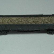 Trenes Escala: IBERTREN - N . VAGON TELERO 4 EJES . GRIS CON ARENA.. Lote 201914107