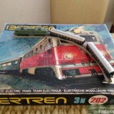 Trenes Escala: IBERTREN. RENFE. LOTE TREN LOCOMOTORA ALSHTOM 7671. REF. 202. ESCALA 3 N. Lote 203877567