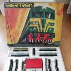 Trenes Escala: CAJA TREN IBERTREN 3N REF. 112, FUNCIONANDO, LOCOMOTORA CON 3 VAGONES DE PASAJEROS Y EXTRA LA CARBON. Lote 210593410