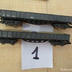Trenes Escala: IBERTREN DOS VAGONES BOGIES BORDE MEDIO CON CARGA DE ARENA. Lote 218614328