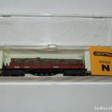 Trenes Escala: ANTIGUO VAGÓN TELEROS 4 EJES CON TRONCOS EN ESCALA *N* REF. 433 DE IBERTREN. Lote 218814858