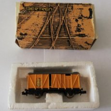 Trenes Escala: IBERTREN. VAGÓN DE MERCANCÍAS CERRADO, AMARILLO BANANAS. REFERENCIA 343. Lote 231237345
