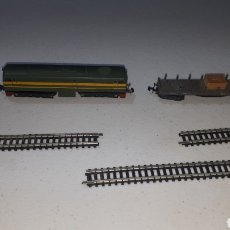 Trenes Escala: LOTE LOCOMOTORA DIESEL ALCO IBERTREN VAGON MERCANCÍAS Y 3 VÍAS LEER DESCRIPCIÓN. Lote 241426760