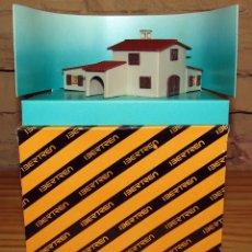 Trenes Escala: IBERTREN - CASA DE CAMPO 1 - REF. 760 - ESCALA N - NUEVA Y EN SU CAJA ORIGINAL. Lote 250114835