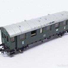 Trenes Escala: COCHE DE VIAJEROS DE 2ª CLASE DE LA DB 2 EJES DE IBERTREN - SPAIN ESCALA N REF. 209. Lote 257296040