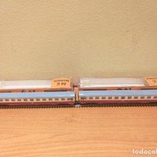 Trenes Escala: 2 COCHES IBERTREN CON LUZ REF. 272 IBERTREN EN SUS CAJAS. ESCALA N. Lote 261999820