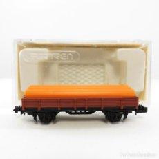 Trenes Escala: IBERTREN REF. 309 VAGÓN BORDE BAJO 2 EJES CON TUBOS MARRÓN. ESCALA 1/160 N. Lote 262847515