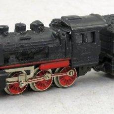 Trenes Escala: LOCOMOTORA VAPOR CON TENDER DB IBERTREN 3 N FUNCIONA. Lote 268720254