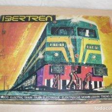 Trenes Escala: IBERTREN CAJA CON SET 112 3N LOCOMOTORA DIESEL ALCO RENFE + 2 VAGONES + 1 FURGÓN +8 VIAS EXTRAS. Lote 288096928