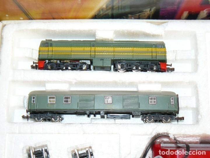 Trenes Escala: IBERTREN Caja con SET 112 3N Locomotora Diesel ALCO RENFE + 2 Vagones + 1 Furgón +8 VIAS EXTRAS - Foto 3 - 288096928