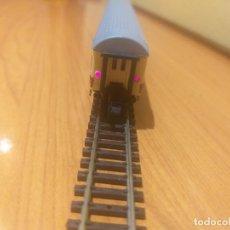 Trenes Escala: COCHE EUROFIMA IBERTREN CON LUZ ROJA. LA LUZ HA SIDO PUESTA DESPUÉS.. Lote 289643468