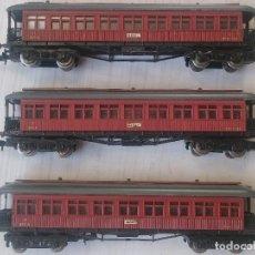 Trenes Escala: LOTE 3 MINIATURAS VAGONES COCHES PASAJEROS VIAJEROS MATARÓ REF. 222 IBERTREN MADE IN SPAIN ESCALA N. Lote 292951593