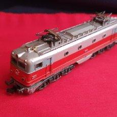 Trenes Escala: LOCOMOTORA RENFE IBERTREN SIN PROBAR. Lote 293611358