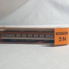 Treni in Scala: IBERTREN ESCALA 2N. COCHE DE VIAJEROS PRIMERA CLASE RENFE ESTRELLA. Lote 293644558