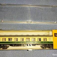 Treni in Scala: COCHE PASAJEROS DE IBERTREN CON SU CAJA ORIGINAL REF : 213 EN MUY BUEN ESTADO. Lote 295416318