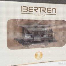 Trenes Escala: VAGON TOLVA DE 2 EJES IBERTREN RENFE REF: 15014 AZUL GRISÁCEO PERFECTO ESTADO EN CAJA ORIGINAL. Lote 296010943