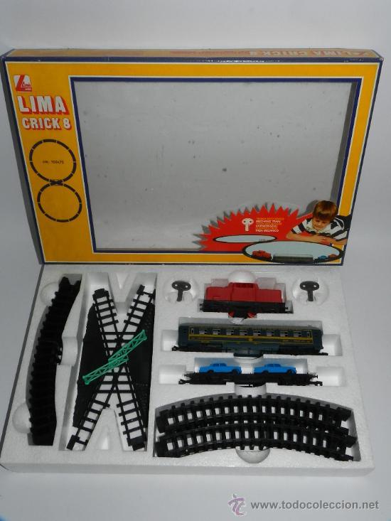 Trenes Escala: ANTIGUO TREN A CUERDA ESCALA HO A CUERDA DE LIMA, CON LOCOMOTORA, 2 VAGONES, 2 COCHES, VIAS, CRUCE, - Foto 2 - 37049153