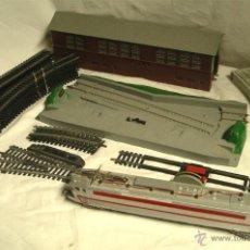 Trenes Escala: LOTE LIMA, VIAS, HANGAR, CAMBIO DE VIA, FINAL DE VIA Y LOCOMOTORA. Lote 48381392