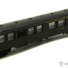 Trenes Escala: VAGÓN TREN H0 LIMA PASAJEROS 2ª CLASE AÑOS 80. Lote 49728438