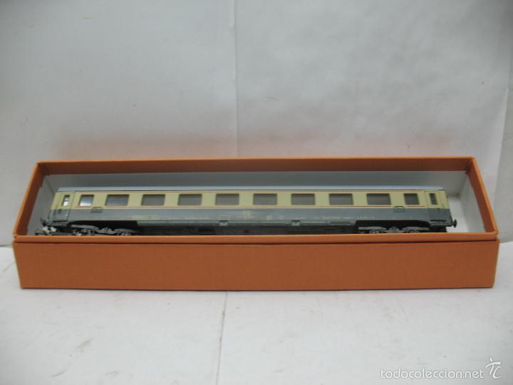 Trenes Escala: Lima - Coche de pasajeros de la FS 508318 MILANO - Escala H0 - Foto 9 - 58107404