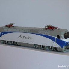 Trenes Escala: LIMA H0 DIGITAL LOCOMOTORA ELECTRICA 252 RENFE ARCO , REFERENCIA L208209 AC CORRIENTE ALTERNA. . Lote 103365675