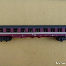 Trenes Escala: VAGON DE PASAJEROS, CON PASILLO LATERAL..FABRICADO POR LIMA, ITALIA. ESCALA HO.. Lote 103780935